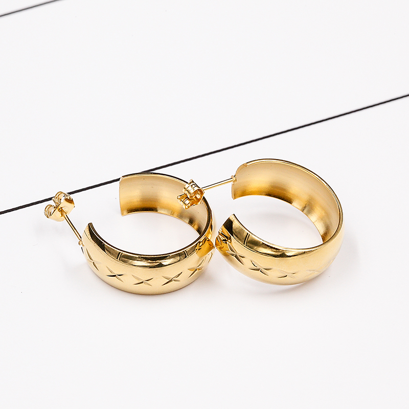 Latest Designs of Gold Earrings In Stainless Steel ,Women Small Gold ...