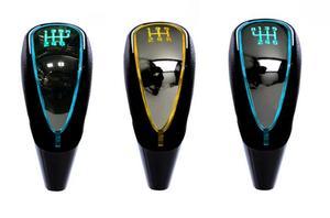 7 cores mudanças Ativado Da Shift de Engrenagem Knob 5 6 Velocidade Logotipo Do Carro LEVOU Engrenagem Handebol Knob Luz Cigarro Carregador Isqueiro apto Para BMW