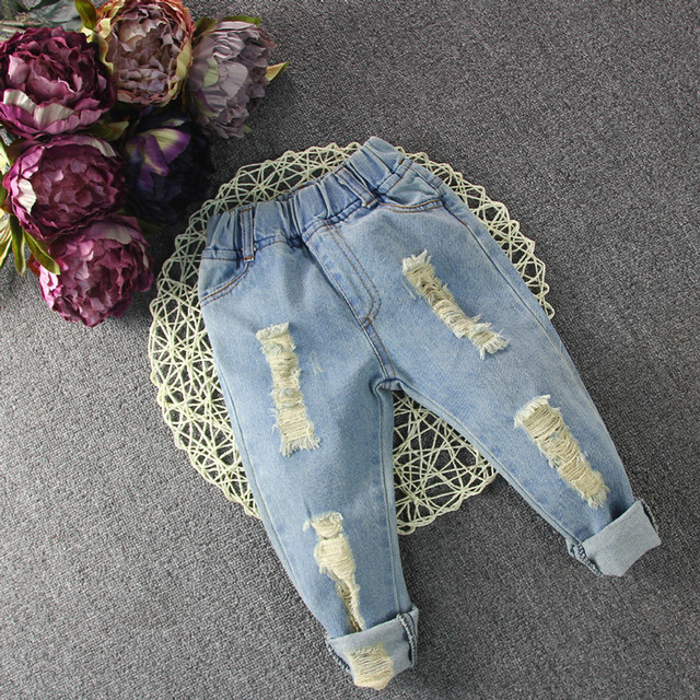 Baby Girls&Boys Denim Pants 2016 New Fashion Kids Jeans Spring Cotton Children Ripped Soild Pants Jeans Loose Baby Jeans 2-7Y