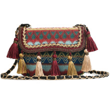 цены 2019 National Women Tassel Messenger Bags Ethnic Crossbody Embroidery Bag Ethnic Vintage Style Fringe Lady Shoulder Bolsa hobos