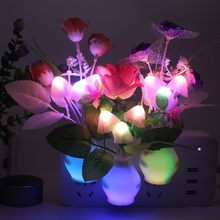 Cucina Luce di Notte Lampada da Comodino Controllo di Sensore di Luce Ha Condotto La Lampada Del Fungo Del Fiore Del Tulipano Nightlight per La Complementi Arredo Casa per Bambini Luce di Notte