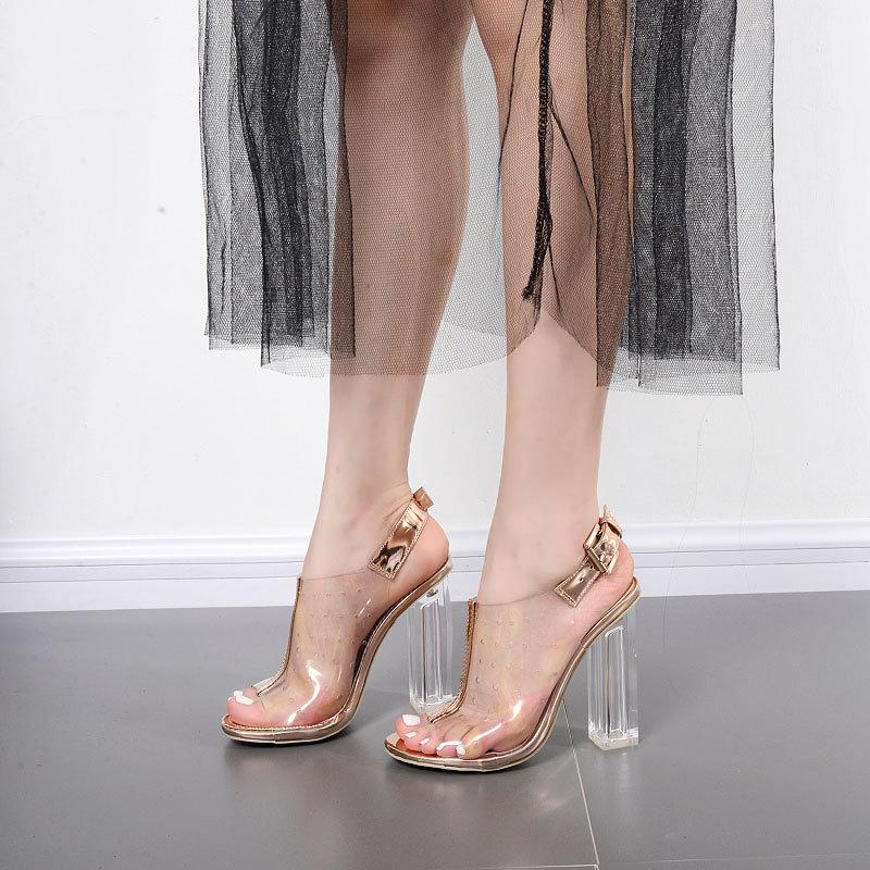 Les chaussures femme safish mouth, couleur européenne et américaine, cristal transparent, fermoir, chaussures à talons hauts, orteils, chaussures pour femmes.