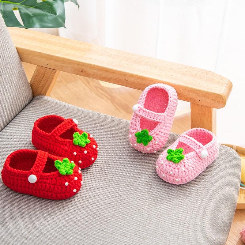 QYFLYXUE- Virka babyskor, flickor med vita blommor Flip Flops, babybarnskor