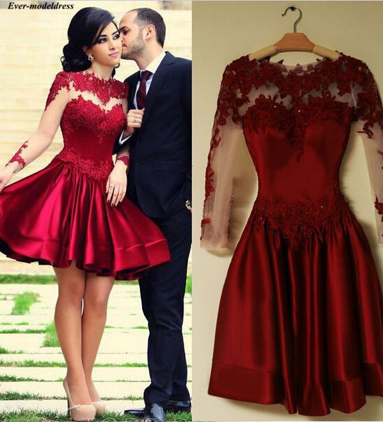 Long Sleeves Graduation Dresses 2020 Short A-Line Lace Appliques Sheer Button Back Mini Homecoming Dresses Prom Party Gowns