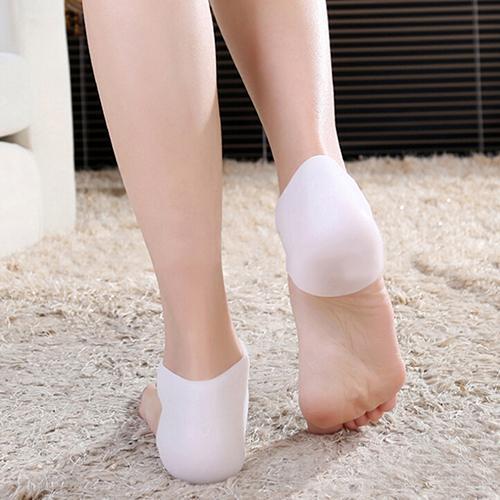 Hot 2PCS Thin Silicone Gel Heel Socks Porose Foot Skin Care Protector Insoles