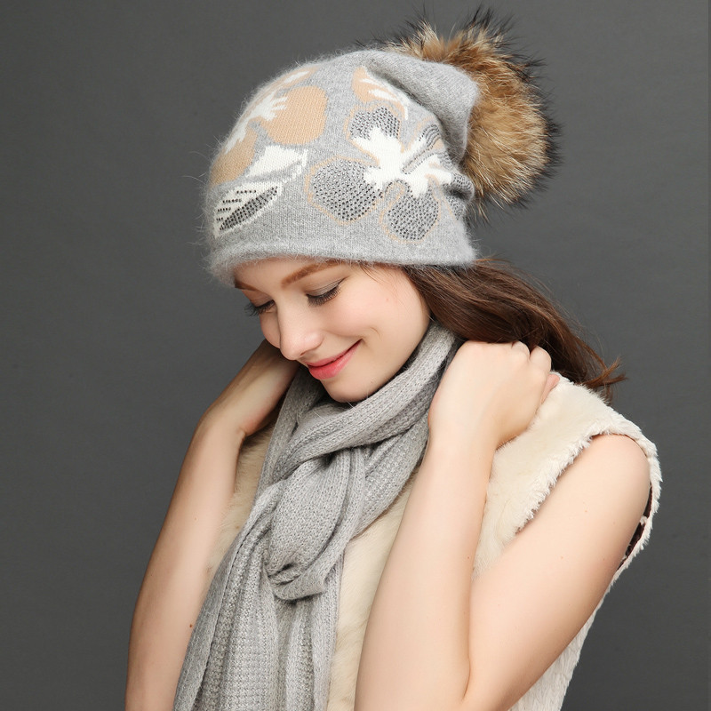 Charles Perra Women Hat Scarf Sets Winter Thicken Wool Knitted Hats Casual Fashion Warm Caps With Hairball 2020 NEW 8312