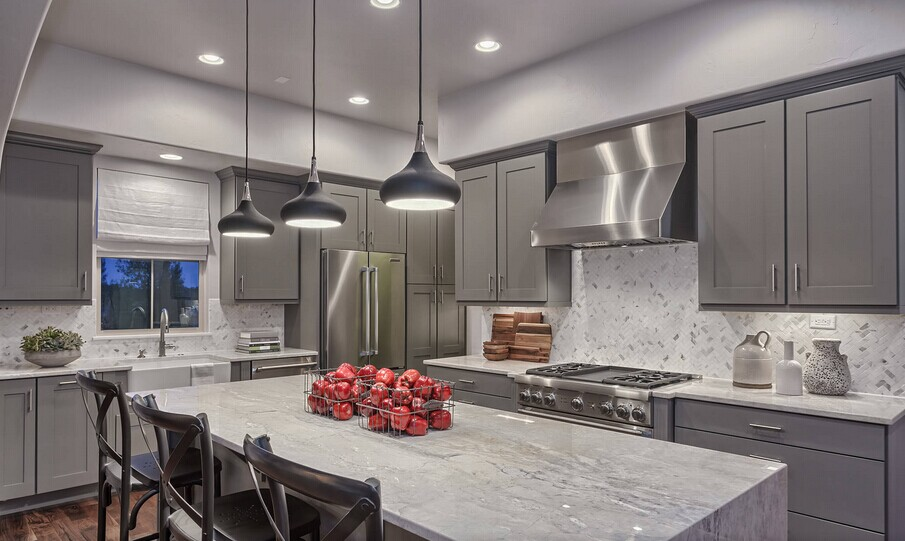 Modern Hot Selling Kitchen Cabinet-in Kitchen Cabinets
