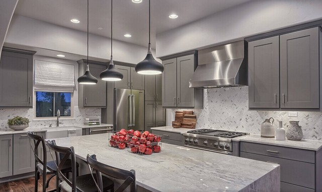Modern hot selling kitchen cabinet-in Kitchen Cabinets from Home ...
