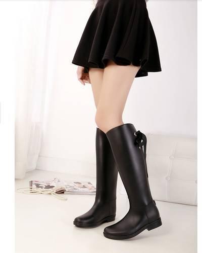 ФОТО Hot ! New 2014 Spring Autumn Fashion Black Waterproof Knee High Boots For Women Rain Boots Rubber Rainboots Free shipping B1504