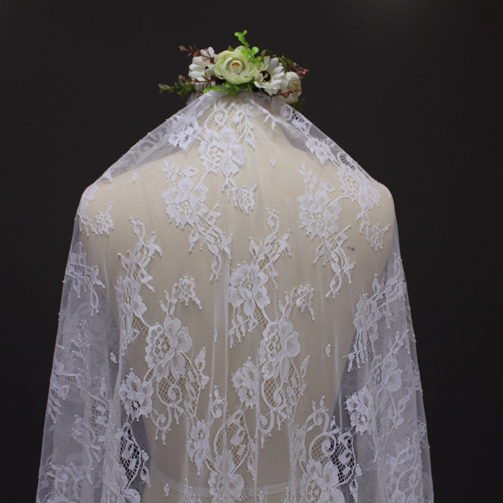 2017 echte afbeelding mooie bloem kant 2 meter bruidssluier MET kam - Bruiloft accessoires - Foto 4