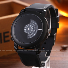 New Arrive Men Gifts Brief Design Black Rubber Strap Creative Turntable and Unique Design for Young Fashion Quartz Wrist Watches