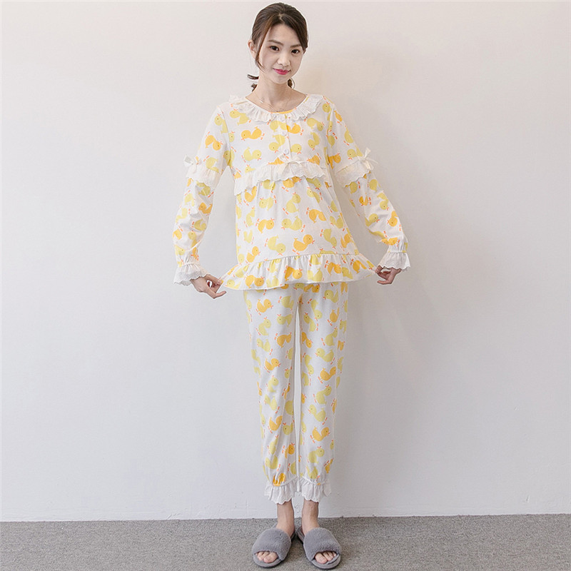 Brand summer for pregnant women suit cotton lace Small yellow Duck Maternal nursing Pajamas maternity nightwear outgoing