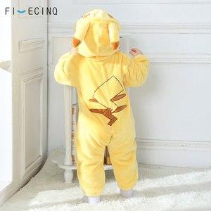 Image 2 - Pika Kigurumis bebé Onesie Anime disfraz Cosplay amarillo lindo pijama infantil de franela caliente suave mono de invierno ropa de casa de lujo