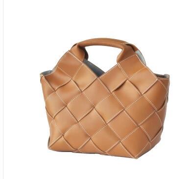 2019 new womens bag, vintage woven hand-held basket bag, shoulder bag2019 new womens bag, vintage woven hand-held basket bag, shoulder bag