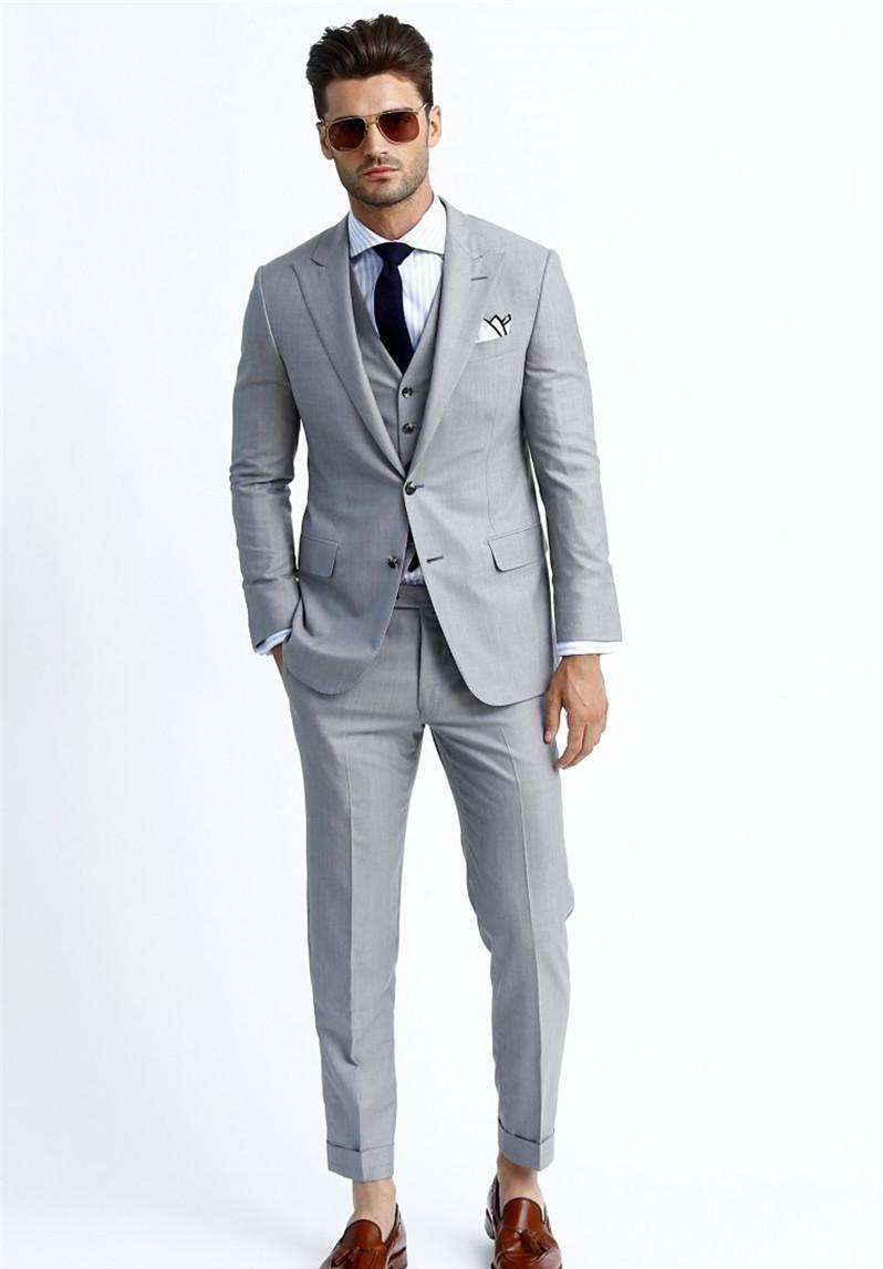 Silver Handsome Tuxedos Three Pockets Blazers Men Three Pieces Coat Vest Pants Fashion Men Slim Suits Suitable For Various Event