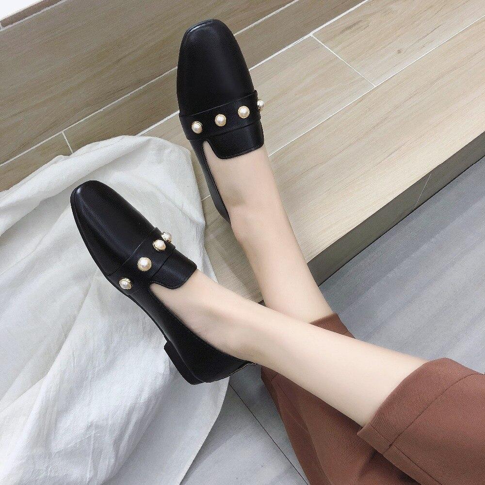 2019 New Fashion Pearl Soft Bottom Women Flats Shoe
