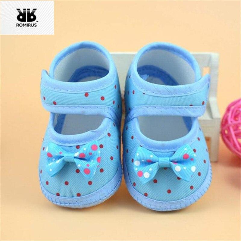 ad1d0967d3b04 ROMIRUS chaussures bébé pour enfant baskets Sapato Bebe Menino nouveau né  filles berceau chaussures chaussons pour bébés à semelle souple sapatinho  bebe ...