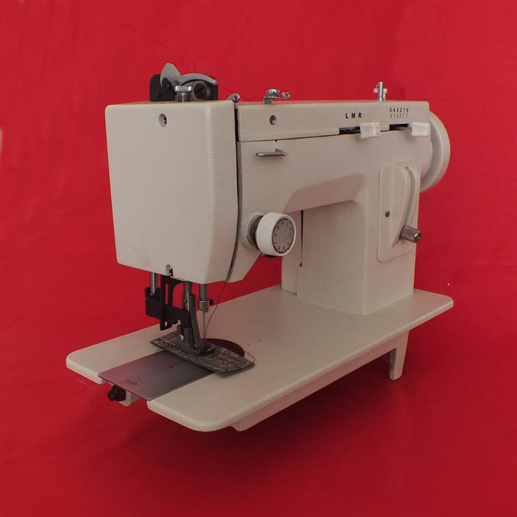 Thick Clothing Material Sewing Machine Leather Synchronous Machine Electric 220V 150W 0 7MM Needle Pitch 106 RP