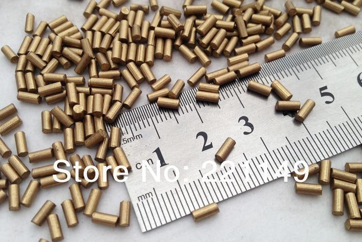 2.2mm * 5mm environ 7900 pièces/PP sac (1 KG). pierre de Flints dorés de haute qualité, accessoires de Flints plus légers. outils de Camping en plein air.