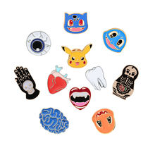 Mannen Broche Vrouwen Emaille Sieraden Kids Cartoon Pokemon Pin Orgel Oogbol Tanden Vampire Skull Hart Badge Denim Jassen Kraag Pinnen(China)
