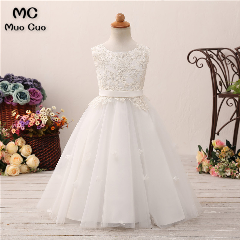 Puffy 2018 Ball Gown first communion dresses for girls Appliques Sashes kids evening gowns flower girl dresses for weddings