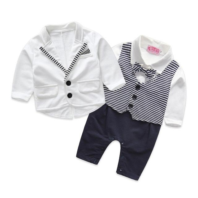 2016 Crianças do bebê do menino 2 pcs set cavalheiro roupas de bebê menino casaco + macacão listrado branco conjunto de roupas de casamento recém-nascidos terno