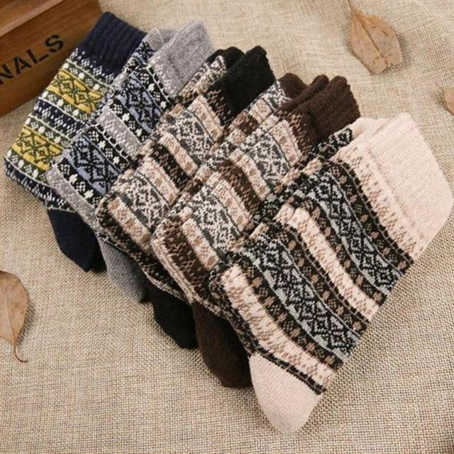 1 Pair New Men Socks Retro Ethnic Socks Comfortable Socks Warm Winter Socks