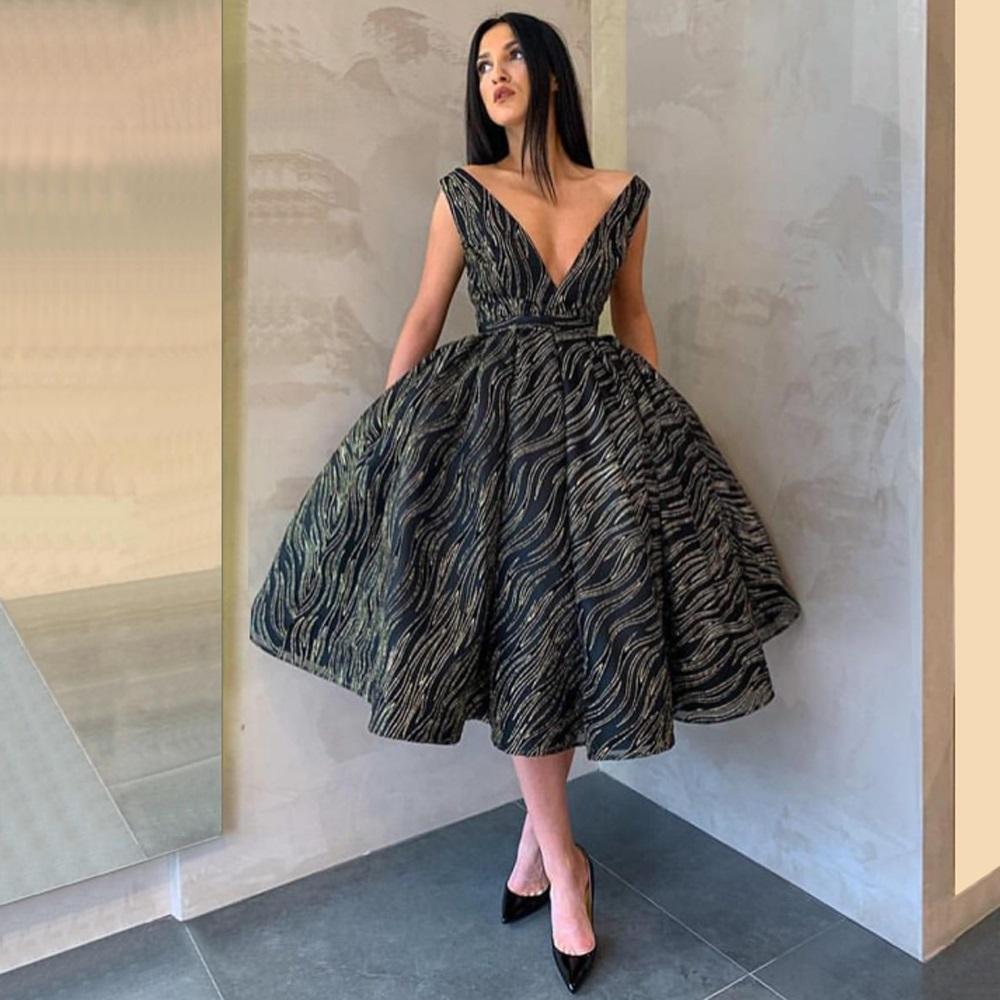 2019 Modern Dubai Deep V-Neck   Cocktail     Dresses   Backless Ball Gown Evening Prom   Dresses   Tea-Length Gowns