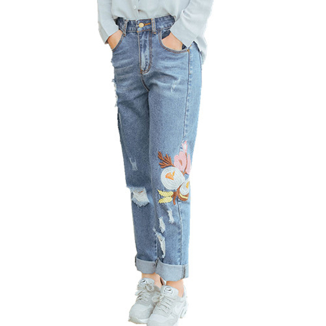 Ripped Jeans Women Embroidery Jeans 2017 Vintage Female Ladies Blue Denim Hole Pants Pencil Casual Fashion Jeans
