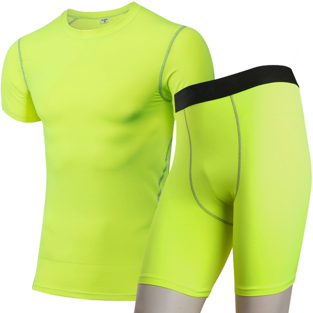 Men's T-Shirt and Shorts Set for Yoga and Workout