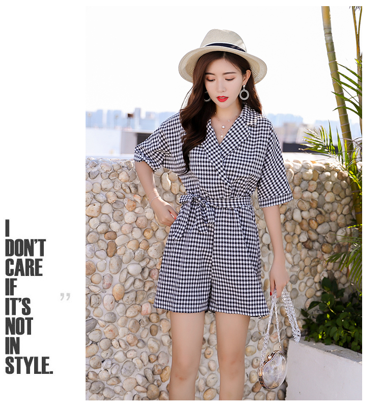 The new style of  pants playsuit women's summer 2018 slim waist pants business suit with plaid collar jumpsuit 7076