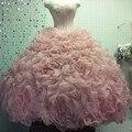 Pink rebordeado amor de la princesa bola del vestido de quinceañera vestidos con falda roseta sweet 16 anos vestido fucsia vestidos de membrillo