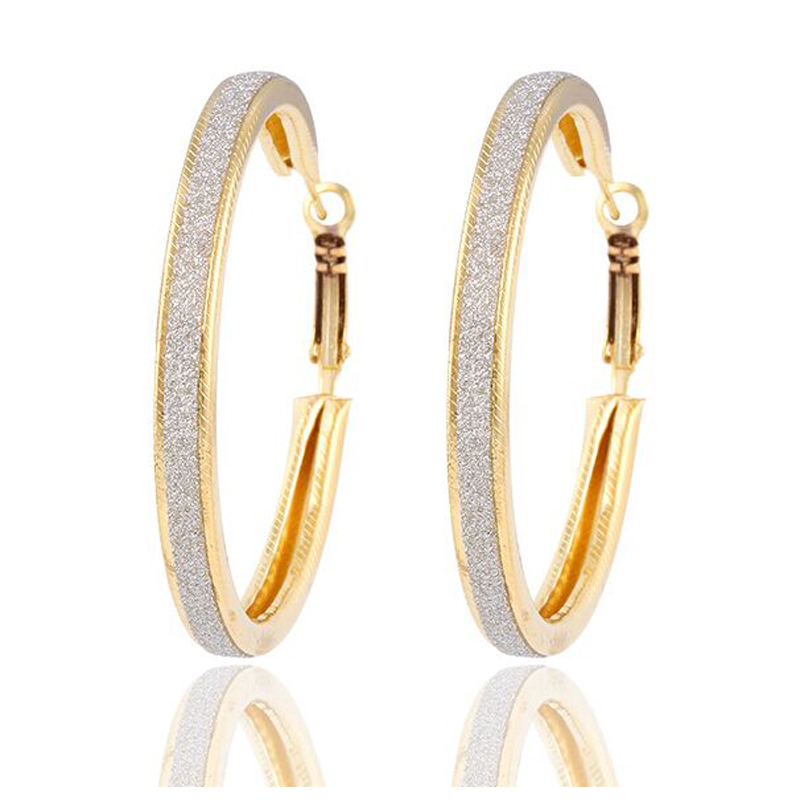 d75d2d3028f8 Nueva llegada de la manera del oro plata color gran círculo oído Pendientes de  Aro para las mujeres joyería Accesorios envío libre