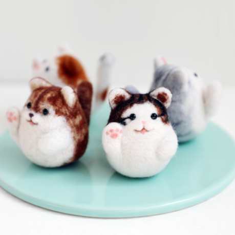 A Fortune Cat  wool felt needle felting decoration craft needlecraft DIY ha