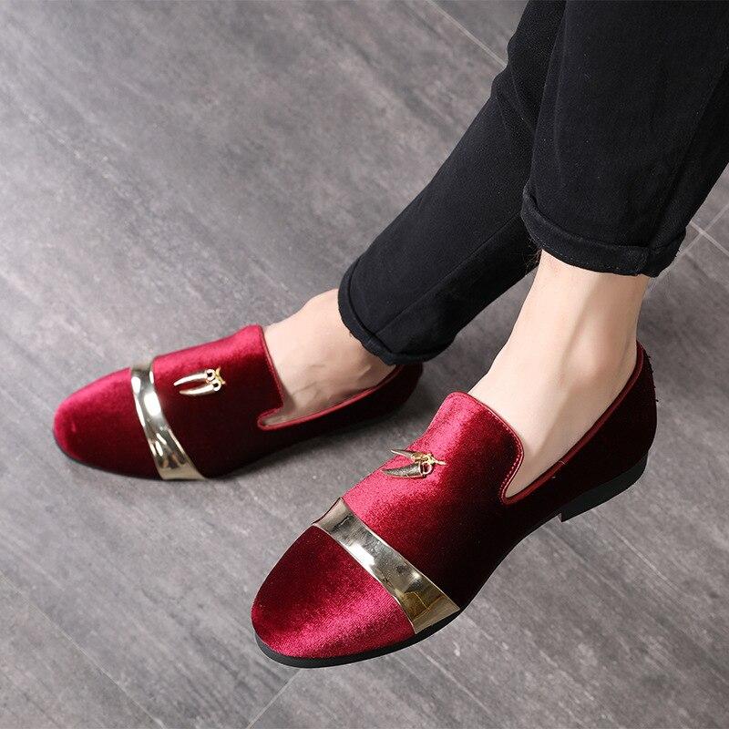 M-anxiu personalidad Metal colgante decorado Slip en zapatos de cuero de los hombres de la manera nuevo otoño hombres partido zapatos de conducción grande tamaño 37-48