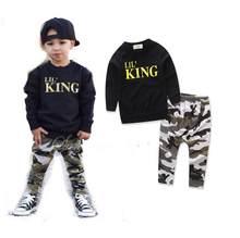 088cee763eb1b 2017 أزياء الأطفال صبي الملابس ليتل الملك طويلة الأكمام السترة القمم +  التمويه بانت بنطلون 2