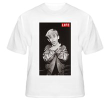 Macaulay Culkin Ryan Gosling Wearing Ryan Wearing Macaulay Celebrity Choking Life Original T Shirt