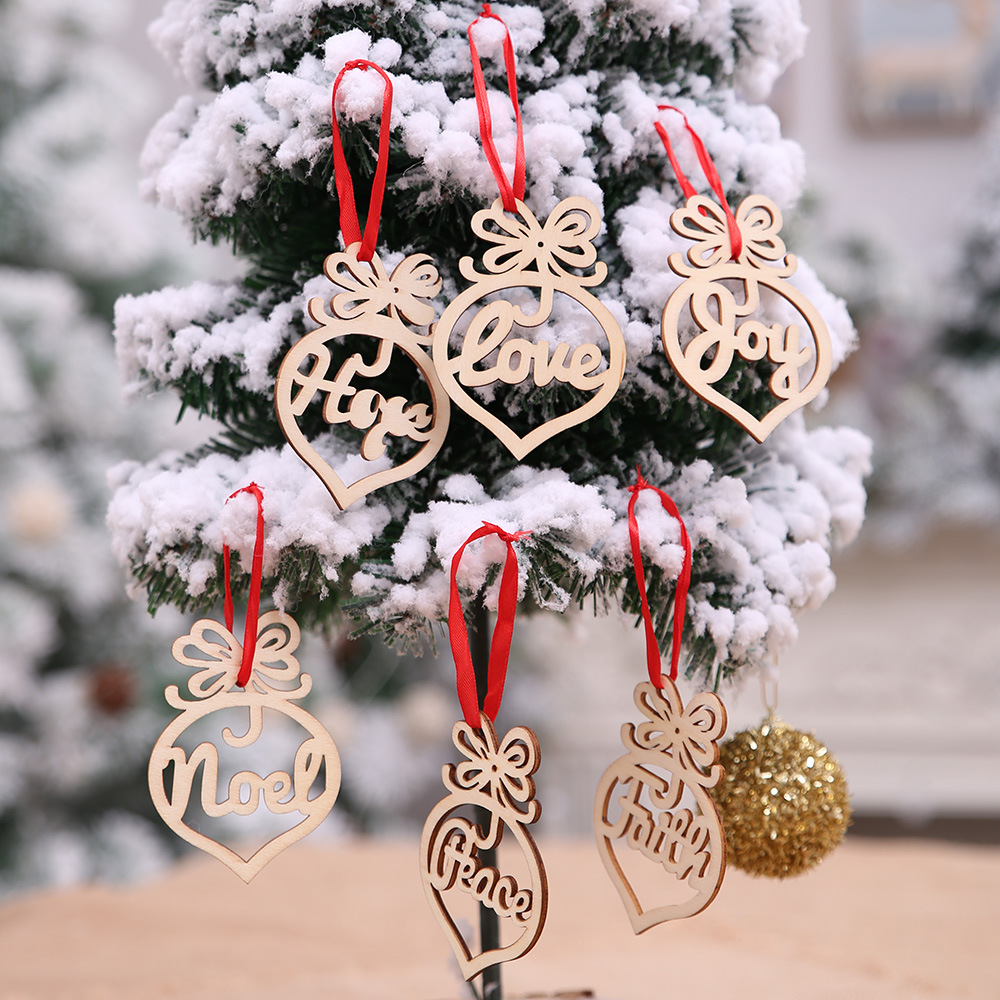 Imagenes De Navidad 2019.2019 New Merry Christmas Decorations For Home New Year Natal Navidad Wooden Love Tree Hollow Pendant Scene Layout Supplies