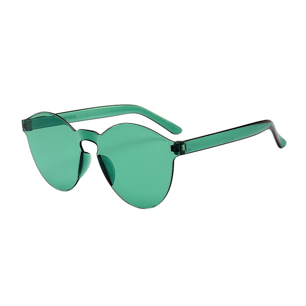 2018 D été Femmes Sans Monture lunettes de Soleil Transparent Shades  Lunettes de Soleil Fraîches Femmes Bonbons Couleur UV400 Lunettes dans  seize couleur ... a8a2c691d7ac