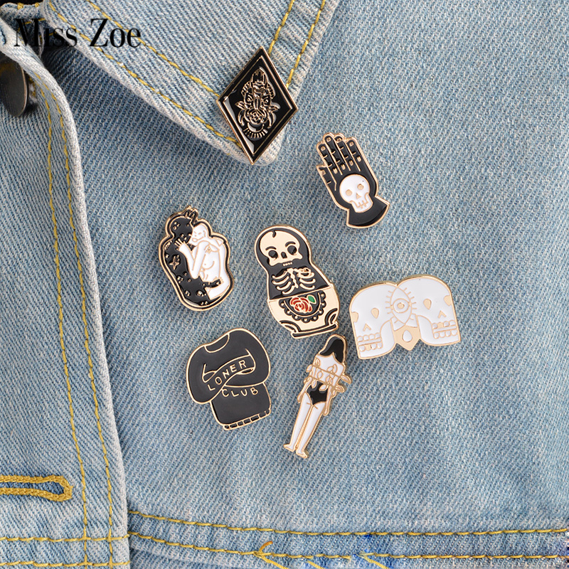 7st / set Matryoshka Loner Club Skelett Palm Totem Girl Brosch Denim Jacket Pin Buckle Shirt Badge Mode Gåva till vän