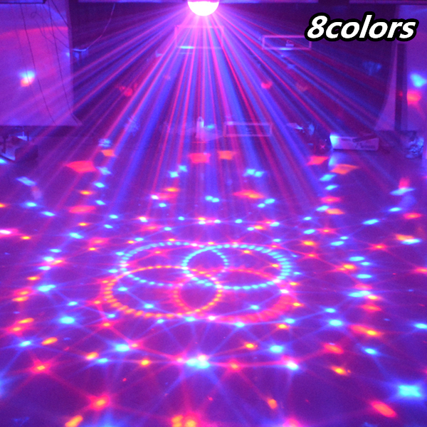 24 W Sound Control Stage Light 8 Couleurs 110-220V 14 + 3 Modes LED Lampe de boule de cristal magique DMX Disco Light Laser Lampe de fête de mariage