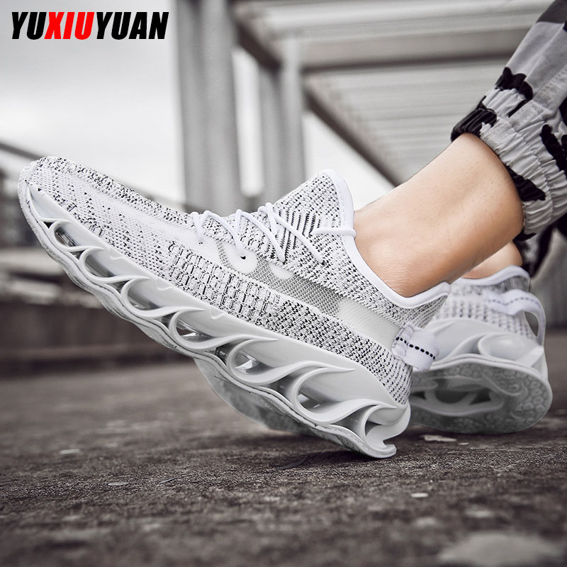2019 Fashion Mesh Solid Flying Weaving Breathable Coconut Running Shoes Men Leisure Cushioning Wear Resistant Sneakers2019 Fashion Mesh Solid Flying Weaving Breathable Coconut Running Shoes Men Leisure Cushioning Wear Resistant Sneakers