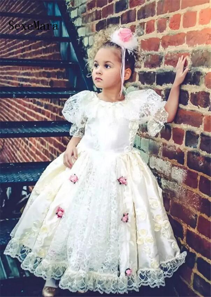 New Design   Flower     Girl     Dress   with Bow Lace Handmade   Flowers   Half Sleeves Unique   Girls   Pageant Gowns Custom Made Hot Sale Vestido