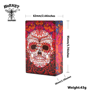 Image 2 - HORNET kelebek ve kafatası plastik tütün sigara durumda cep boyutu 95mm * 60mm sigara kutusu kapağı sigara sigara tutucu