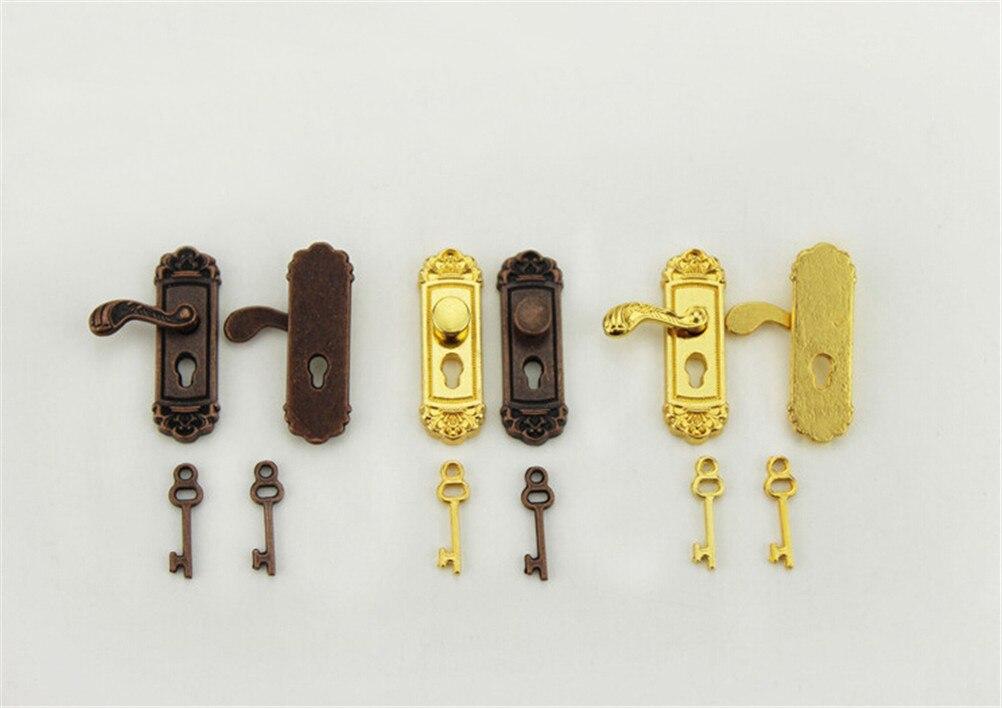 Dollhouse Miniature boutons en laiton plaque avec trou de serrure clés ensemble porte accessoire serrure de porte avec clés jouet