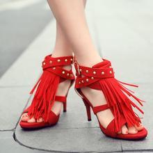 77f3fcb5c KARINLUNA 2018 Preto Vermelho Sexy sapatos Borla Azul Roxo Das Senhoras das Mulheres  sandálias De Salto Alto mulher Rebites Além..