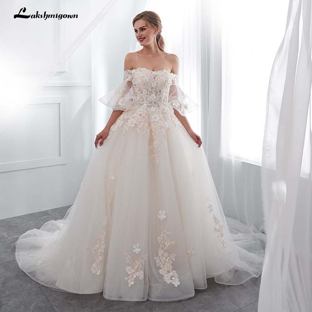 Luxurious Vintage Wedding Dress For Brides Lace Appliques White