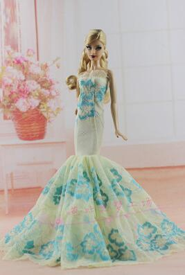 The new case for Barbie wedding dress fashion suit accessories dress princess clothes skirt girl dress up toys