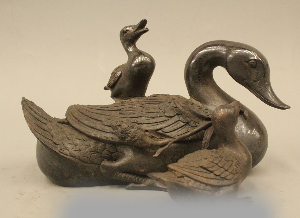 Chinese Fengshui Pure Bronze Duck Swan Mother Son Animal Statue Sculpture