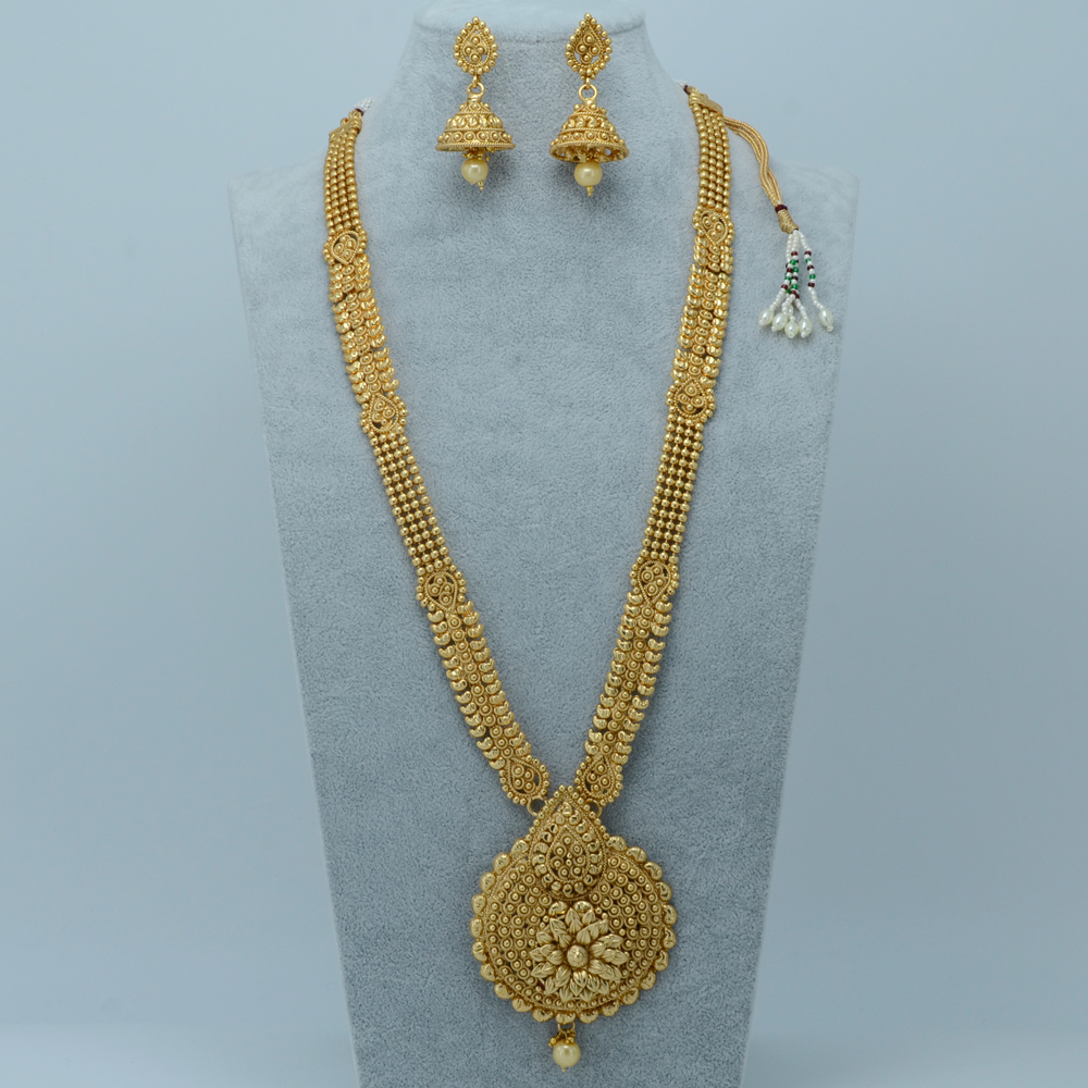 Stunning Gold Necklace For Women Wedding Indian Pictures ...